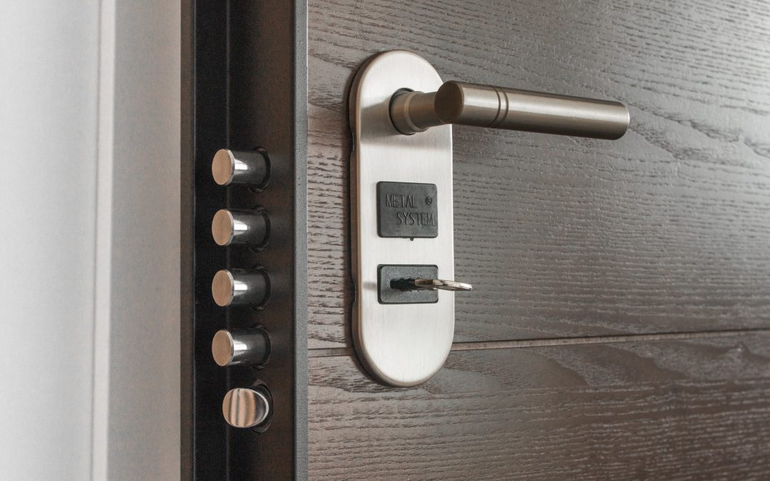 What Is a Smart Lock? Is It Worth It? A Comprehensive Guide for Home Owners